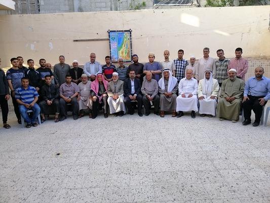 زيارة وفد من حركة حماس لديوان عائلة زعرب بخانيونس